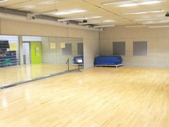 regular_Dance_studio